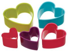 KitchenCraft Colourworks Set of 5 Plastic Heart Shaped Cookie Cutters