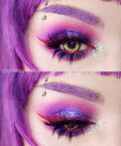 #100DAYSOFMAKEUP 4/100 'Notice me sempaaai' Products FACE: - L'Oreal True Match - @heancosmetics Bronzer 506 Bahama Sun - @makeuprevolution Hot Spice palette - @i_heart_makeup_es Godess of Love Highlighter - NYX Vivid Brights '09 Blossom' (Eyebrows) - Makeup Revolution Aqua Brow EYES: - @milani_es 15 Bella Purple eyeshadow - @makeup_rev_es Eat Sleep Makeup Repeat Palette - @nyx_es Glam Liner Aqua Luxe '03' '04' - @lasplashcosmetics Till Midnight Lipstick LIPS: - LA Splash Till Midnight…