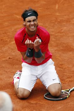 Rafael Nadal makes history with 7 wins at Roland Garros, 11 June 2012