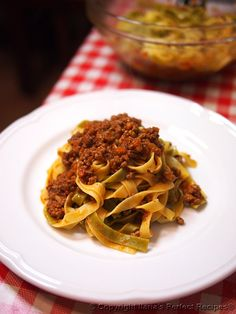 Ultimate Best Authentic Bolognese Sauce – the Great Italian Sauce for Tagliatelle or every kind of pasta!
