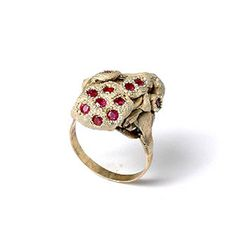"Karl Fritsch: RING CAN BE A WEAPON - CURRENT OBSESSION ""I like my jewellery to be like this - having an individual life with the people that wears it. Wearing and using things changes them."""