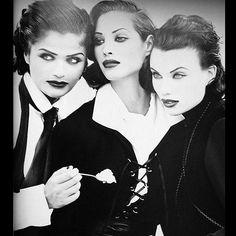 2018/02/21 18:44:13 Perfection. Take notes. #helenachristensen #evaherzigova #christyturlington #supermodels #threeladies #models #fashionphotography #supermodel #vogue