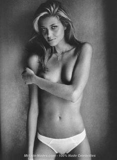 Anna Beatrice Barros Nude 96