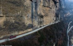 The 6000 metres long cliff road stretches from Xifanggou village in Daba mountain to the nearby Maobahe town