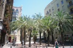 Swerve off the Tourist Trail and Discover the Ten Districts of Barcelona http://www.apartmentbarcelona.com/blog/2014/10/09/ten-districts-of-barcelona/
