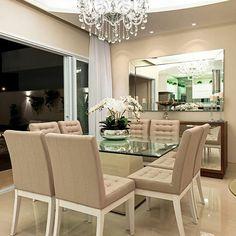 """71 Likes, 3 Comments - Inspire & Pire (@archiilovee) on Instagram: """"⚪Linda mesa de jantar. Um espetáculo  @iarakilaris  #designdeinteriores #interiores #design…"""""""
