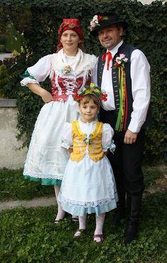 Folklor Brněnska - Fotoalbum - kroj z Brna-Nového Lískovce Harajuku, Czech Republic, Design, Style, Fashion, Pictures, Suits, Europe, Photograph Album