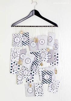 DIY Kleiderbügel Adventskalender // Anleitung & Free Printable von Anja - aentschies Blog