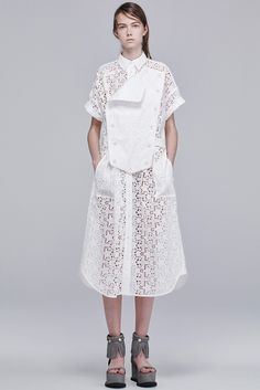 Sacai Resort 2016 - Collection - Gallery - Style.com http://www.style.com/slideshows/fashion-shows/resort-2016/sacai/collection/23