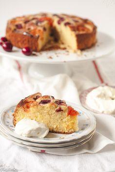 Cherry and Apricot Cake with Amaretto Cream -