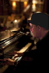 Carli's Fine Bistro and Piano, Old San Juan  Carli Muñoz live on the piano nightly at 7:30pm