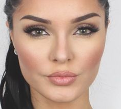 Quick Eyebrow Tutorial Using Anastasia Beverly Hills Dip Brow Pomade 2014