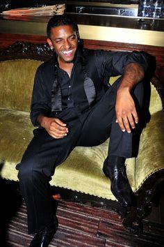 Lloyd Singer, Gorgeous Black Men, Cute Black Boys, Rhythm And Blues, Music Icon, Celebs, Celebrities, Man Crush, Black History