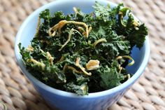Apple Cinnamon Kale Chips