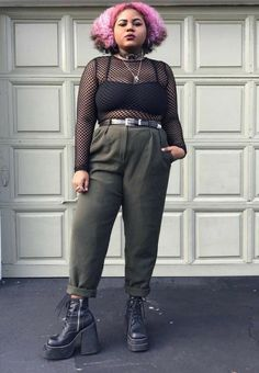 Curvy Girl Outfits, Edgy Outfits, Grunge Outfits, Plus Size Outfits, Fashion Outfits, Goth Girl Outfits, Alternative Mode, Alternative Outfits, Alternative Fashion