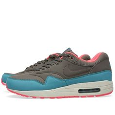 quality design c41ab 65514 Kicks of the Day  Nike Air Max 1 Essential