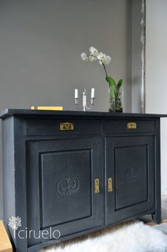 Annie Sloan Chalk Paint™, Graphite