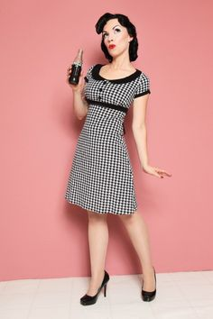 Dolly Dress Houndstooth $112.00 Dolly Marlowe (Mitzi & Co photography- muah Rebecca Schillinger)