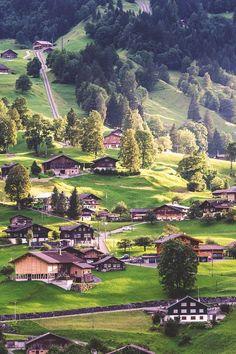 Grindelwald, Switzerland Pretty Swiss chalets