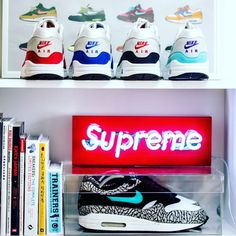 HYPE Neon Sign. Hypebeast Brands, Luxury Shower Curtain, Supreme Brand, Tiger Rug, White Industrial, Balloon Dog, Workplace Design, Led Neon Signs, Box Logo