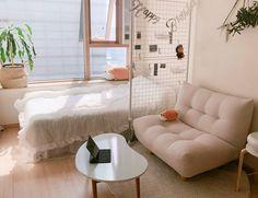 Small Room Decor, Cute Room Decor, Small Room Bedroom, Room Ideas Bedroom, Home Bedroom, Bedroom Decor, Korean Bedroom Ideas, Simple Living Room, Minimalist Room