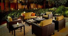The Courtyard Marriott is an excellent choice for a stay in Weston. Be it a work or leisure trip, this is an elegant stay.