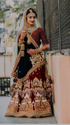 Gone are the days where weddings and wedding receptions mean securing the reception hall at one's local church that is around the corner. Indian Bridal Outfits, Indian Bridal Lehenga, Indian Bridal Fashion, Indian Bridal Wear, Wedding Lehenga Designs, Designer Bridal Lehenga, Lehenga Wedding, Dulhan Dress, Saree Dress