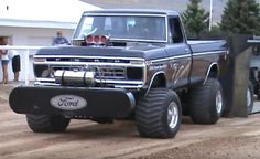Truck And Tractor Pull, Tractor Pulling, 79 Ford Truck, Ford 4x4, Full Pull, Truck Pulls, Ford Girl, Classic Ford Trucks, Logging Equipment