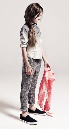 IKKS continuamos con la moda infantil http://www.minimoda.es