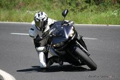 View photo of a 2004 Yamaha Uploaded on Photo number Yamaha R6s, Trending Photos, Sportbikes, New Engine, Super Sport, Motorcycle Gear, First World, Motorcycles, Cars