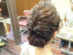 #ヘアアレンジ#ヘアスタイル#ヘアアレンジ解説#ヘアアレンジやり方#ブライダル#ウェディングヘア#結婚式 #ウェディング#ヘアセット #arannge#hairdo#howto#wedding#bridal#hair  Instagram:@hay_rom