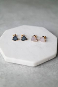 These triangle Druzy earrings are perfect for everyday wear. Details: - Width: 10mm - Post back - Plated metal