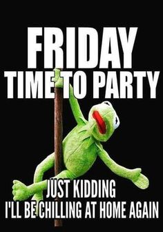 70 Funniest Friday Memes and Best TGIF Meme for the Weekend Friday The 13th Funny, Black Friday Funny, Funny Friday Memes, Friday Humor, Funny Memes, Tgif Funny, Videos Funny, Tgif Meme, Funny Weekend Quotes