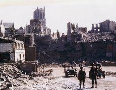Saint-Lô in ruins, in August 1944.