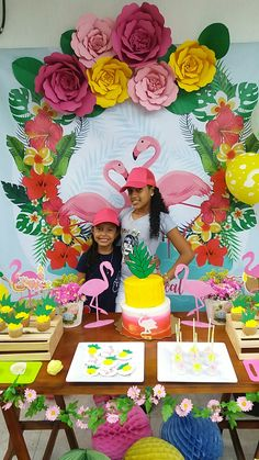 Jungle Decorations, Hawaiian Party Decorations, Flamingo Birthday, Flamingo Party, Luau Photo Booths, Cute Happy Birthday, Paper Flower Decor, Flamingo Decor, Tropical Party