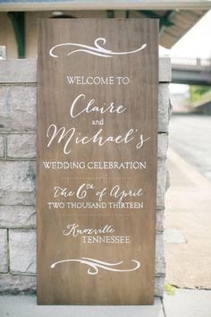 beautiful wooden sign | Watson Studios #wedding