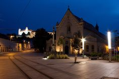 European Countries, Bratislava, Old Town, Night Life, Mansions, House Styles, Fotografia, Old City, Manor Houses