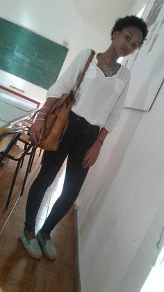 bolusa branco colar ( passaro) calça jeans muchila/bolsa sapatilha