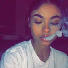 girl smoking ☾ vaping hot girl smoke heart sad aesthetic lonely alone makeup ideas Weed Girls, 420 Girls, Girl Smoking, Smoking Weed, Rauch Fotografie, Jace, Fille Gangsta, Thug Girl, Tumbrl Girls