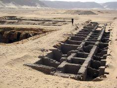 Umm el-Qaab (Oumm el-Qaab) , Abidos. Tumba de Djer , 1ª Dinastía. The Tomb of King Djer in Abydos , first Dynasty in Egypt. | por Soloegipto