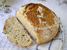 - no knead Speltbrød - with Speltflakes No Knead Bread, Bread Recipes, Baking, Sweet, Texture, Candy, Surface Finish, Bakken, Backen