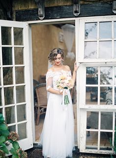Timeless & Elegant French Inspired Wedding via Magnolia Rouge