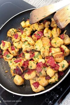 Easy Cooking, Cooking Tips, Bread And Pastries, Gnocchi, What To Cook, Main Meals, Pasta Recipes, Great Recipes, Potato Salad