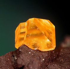 Wulfenite: this stone is toxic and should be handled with care; a balancing stone that moves beyond duality and allows the user to accept negative and positive traits as compliments of one; facilitates contact with the spirit world and enhances intutition and psychic abilities | #perspicacityparty #magicgeodes #wulfenite