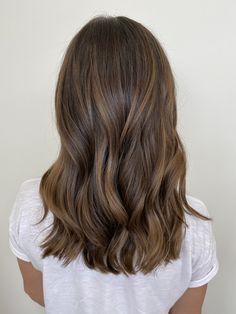 Brunette Hair With Highlights, Brown Hair Balayage, Brown Blonde Hair, Hair Color Balayage, Hair Color For Black Hair, Brown Hair Inspo, Aesthetic Hair, Light Hair, Gorgeous Hair