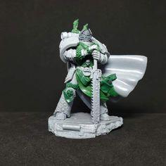 Elf Warrior, School Clubs, Warhammer 40000, Emperor, Minis, Medieval, Lion Sculpture, Concept, Statue