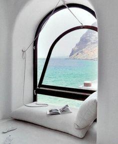 Rincón de lectura con vistas