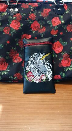 Hey, I found this really awesome Etsy listing at https://www.etsy.com/listing/467171800/unicorn-glass-pipe-pouch