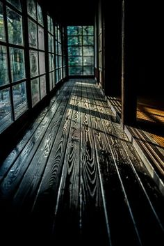 廊下 - Japanese architecture, black matte traditional floor in traditional style house - Pandaren Monk, Architecture Design, Black Architecture, Pavilion Architecture, Sustainable Architecture, Residential Architecture, Contemporary Architecture, Charred Wood, Decoration Inspiration
