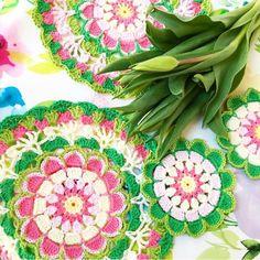 Pretty Petals Mandala Crochet pattern by Hattie Risdale